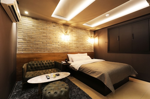 RAINBOW HOTEL, Yuseong