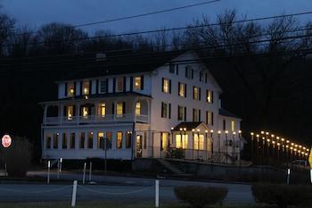 Stottsville Inn