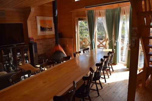 Heart Land Hills Longing of log house, Shika