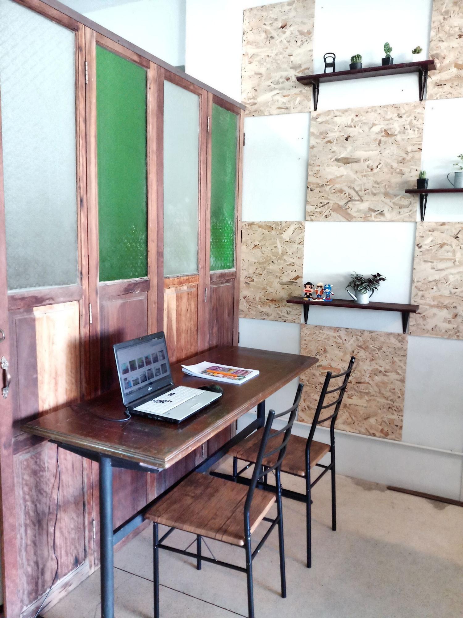Charming House - Hostel, Phra Nakhon Si Ayutthaya