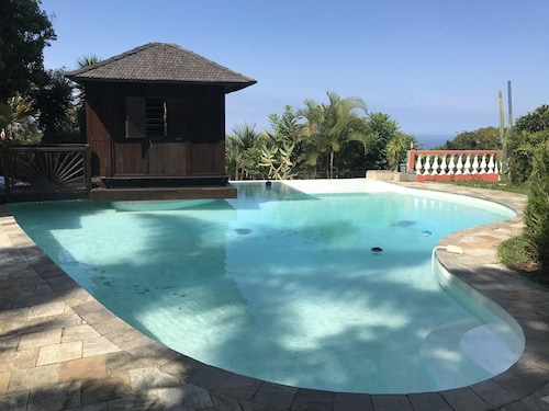 Bungalow With one Bedroom in Ruisseau, With Wonderful sea View, Pool A, Saint-Louis