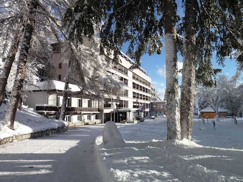 __{offers.Best_flights}__ Alpine Dependance by Arenas Resort Valaisia