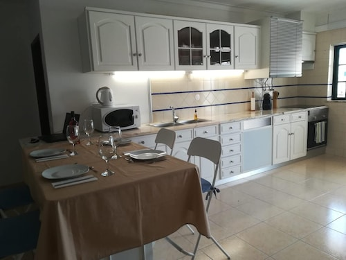 Apartment With one Bedroom in Alvor, With Pool Access, Balcony and Wif, Portimão