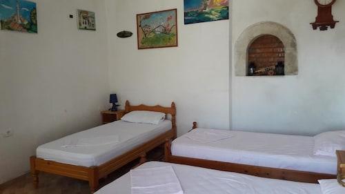 Rooms Merlika, Krujës