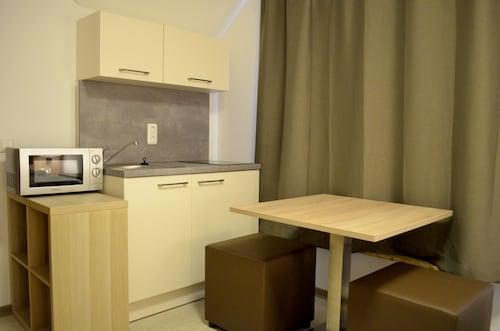 Hana Aparthotel, Stormarn