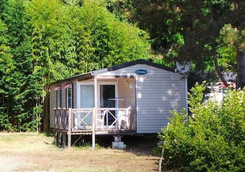 . Camping Le Jardin De Sully