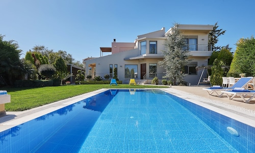 Villa Evergreen, Crete