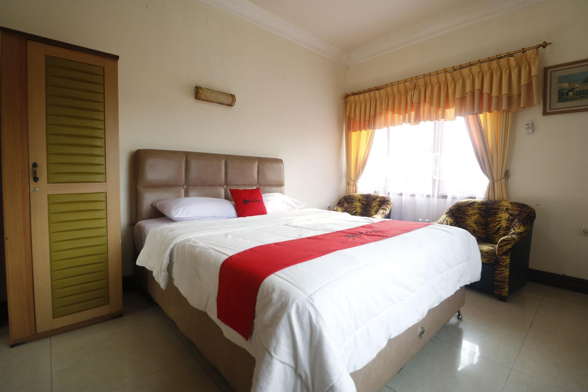 RedDoorz @ Cibogo Puncak Bogor, Bogor