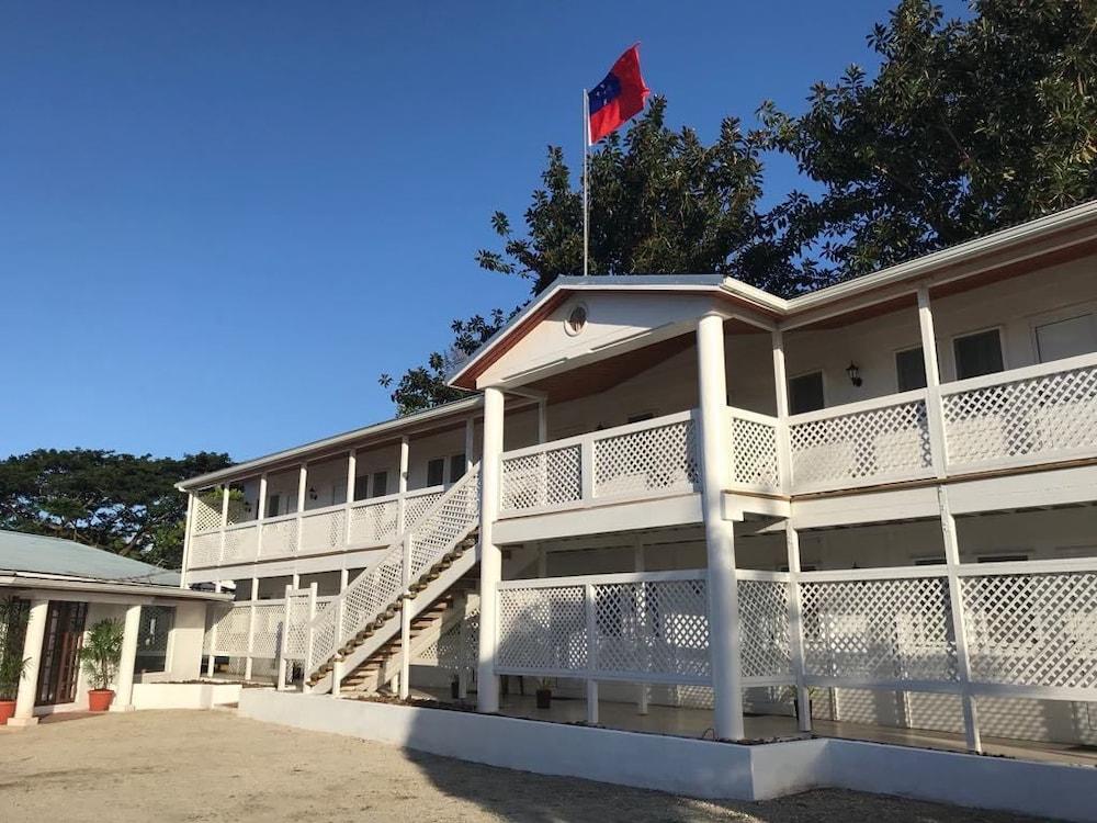 The White House Hotel Samoa