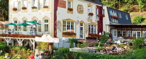 . Strandhotel Buckow gut-Hotels SEE