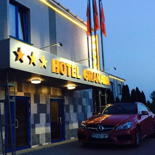 . Hotel Granada