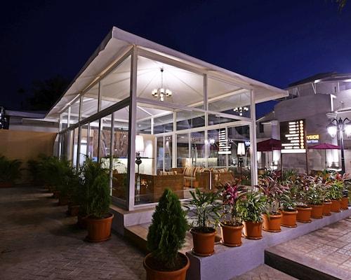 . Meritas Countryside Resort - Lonavala