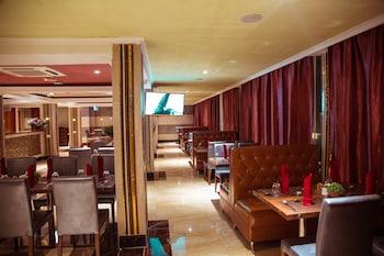Tiffany Diamond Hotels