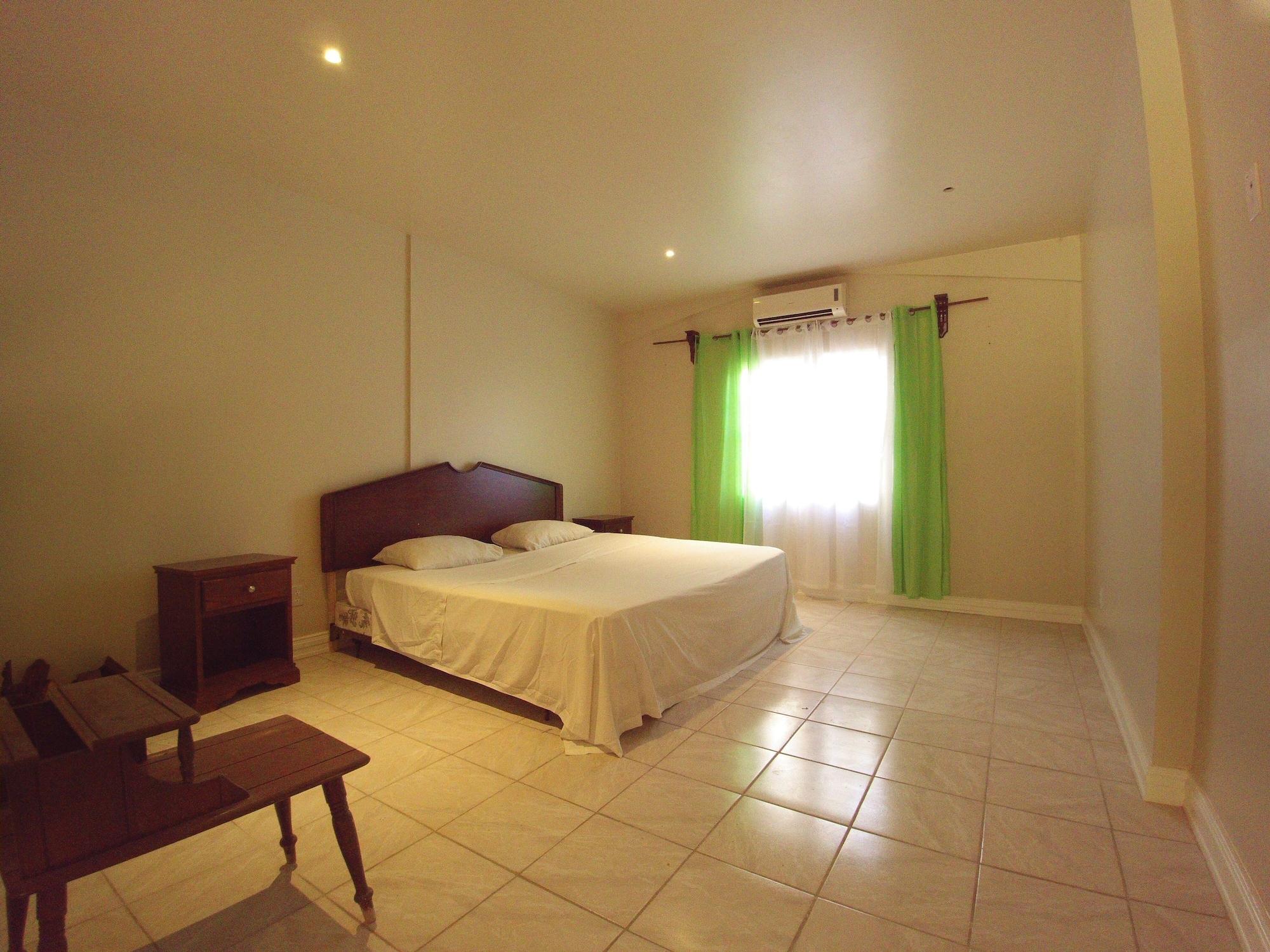 Pinneys Beach Hotel Nevis,