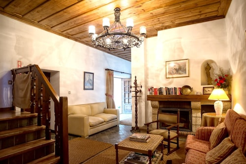 Villa With 3 Bedrooms in Lamego, With Wonderful Mountain View, Private, Lamego