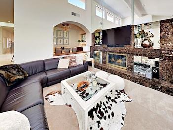 54447 Riviera Home 4 Bedrooms 3.5 Bathrooms Home