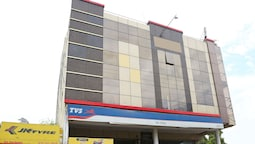 OYO 16103 Hotel Neelkanth