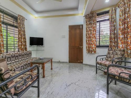 OYO 17269 Home Colorful 2BHK Nuvem, South Goa