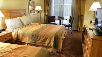 托金斯迪克皮馬套房旅館 Pima Inn Suites at Talking Stick