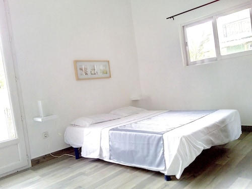 House With 2 Bedrooms in Chemin Grenier, With Terrace,
