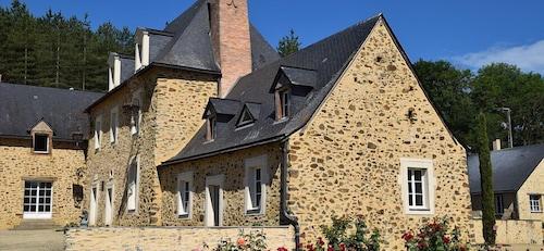 . La Françoisière