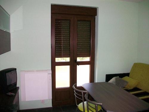 . Apartamentos El Cueto 2
