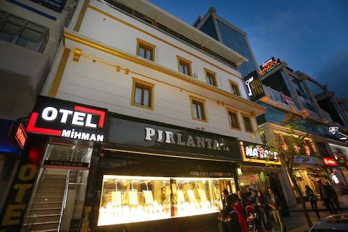 Mihman Butik Otel, Merkez