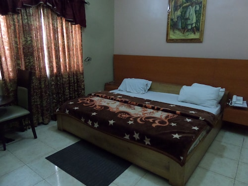 Indices Hotel and Garden, Abeokuta South