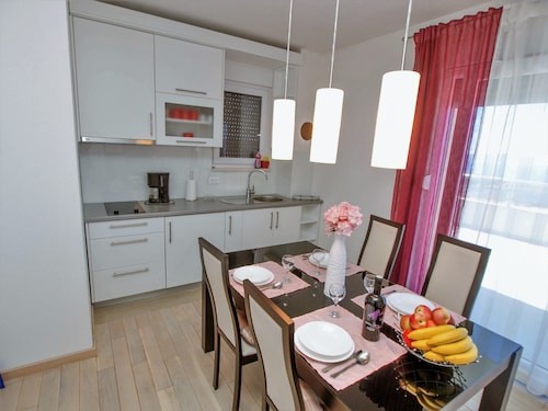 Apartments Adria View, Makarska