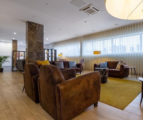 . In Gold Hotel & Spa