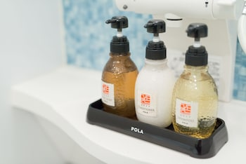 STAY SAKURA KYOTO TO-JI TEMPLE WEST GATE Bathroom Amenities