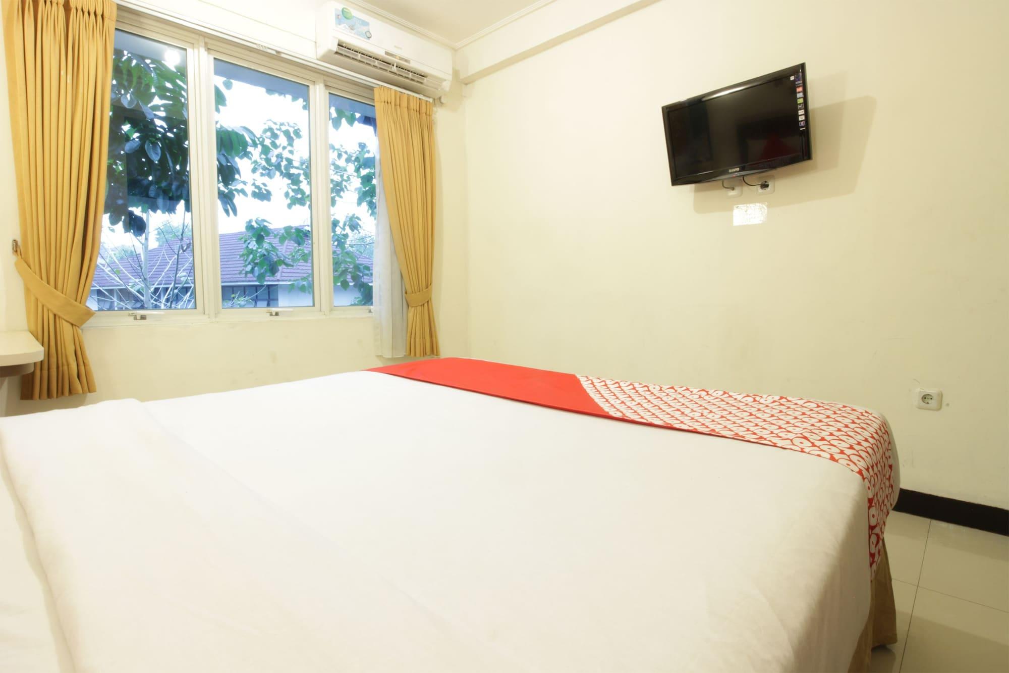 OYO 167 Dago's Hill Hotel, Bandung