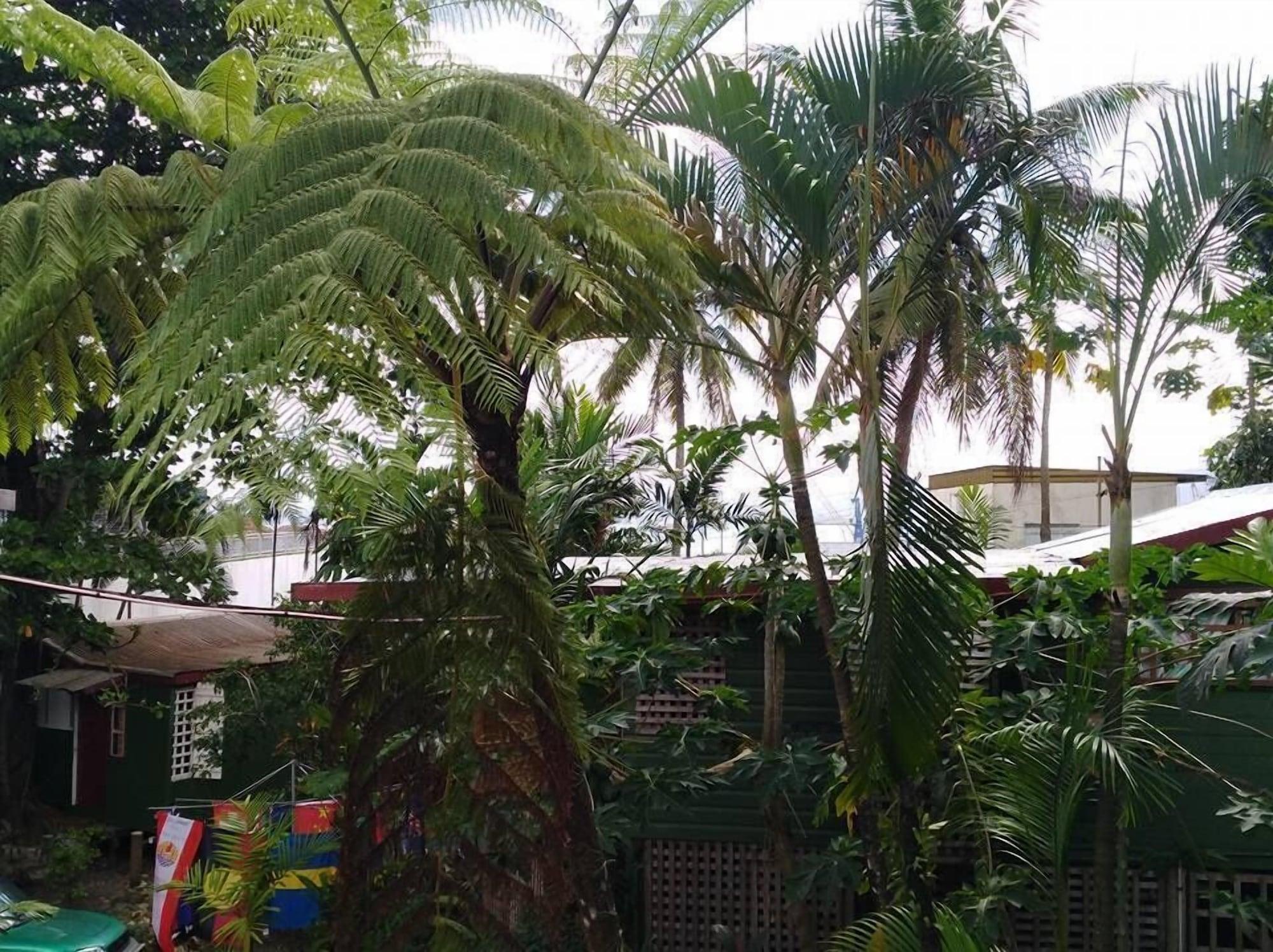 Colonial Lodge Hostel, Rewa