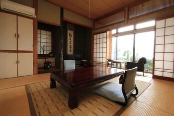 おまかせ和室(1~4名) 共用バスルーム|海喜荘