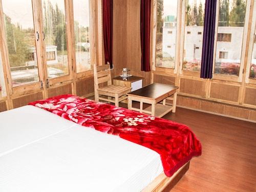 Hotel Real Siachen, Leh (Ladakh)