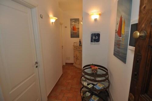 Sandra Villa Rooms, La Spezia