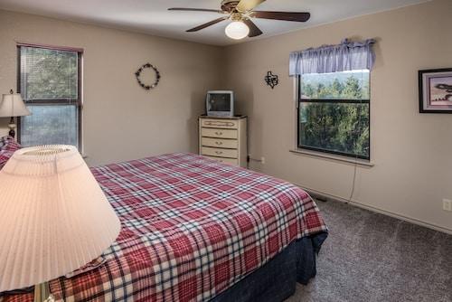 Ruidoso Three-bedroom, Lincoln