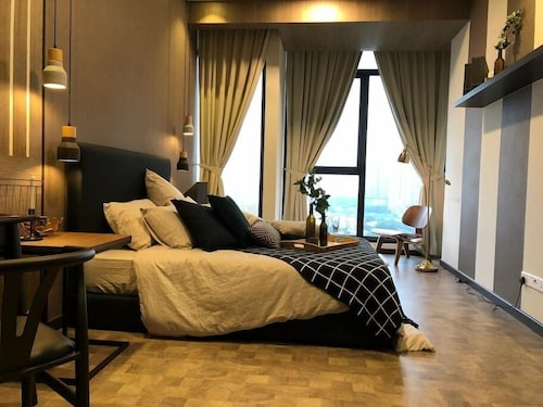 Expressionz Professional Suites by SYNC, Kuala Lumpur