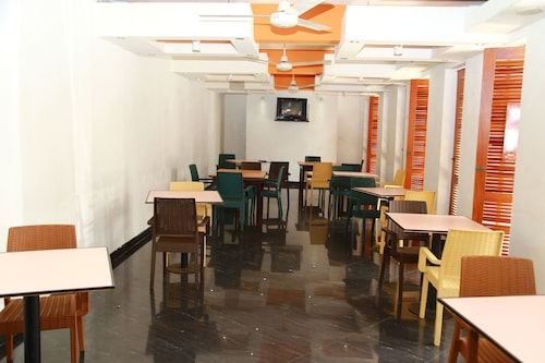 Subhas Hotel, Jaffna