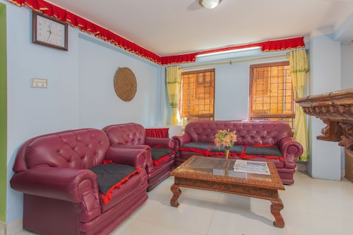 OYO 241 Nytapola View Guest House, Bagmati