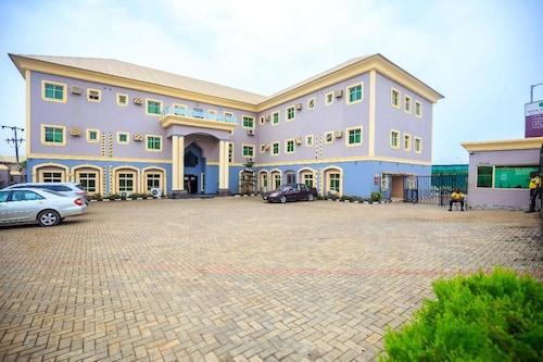 Royal Terrace Hotel & Towers, Oshodi/Isolo