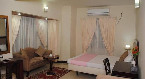 Tea Tree Hotels & Resorts, Dhaka