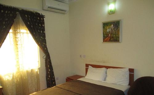 Becca Apartments, Bwari