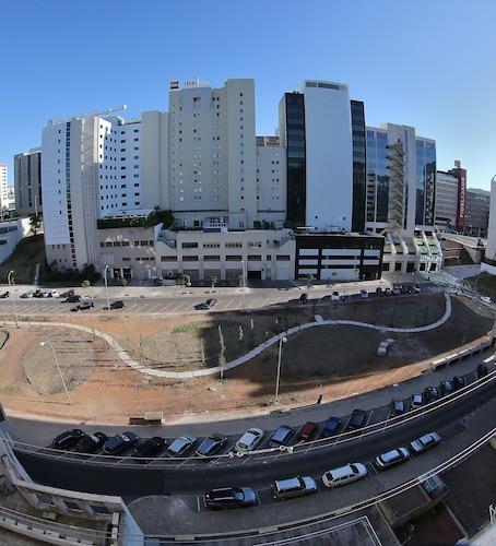 The Yellow Flat, Lisboa