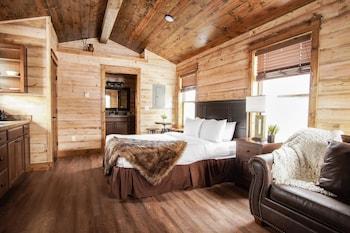 Teton Queen Cabin 21