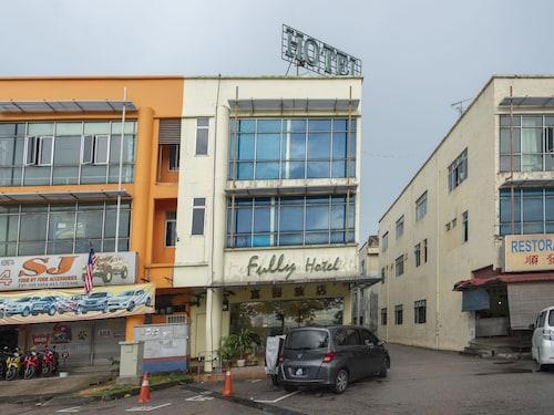 OYO 521 Fully Hotel Desa Tebrau, Johor Bahru