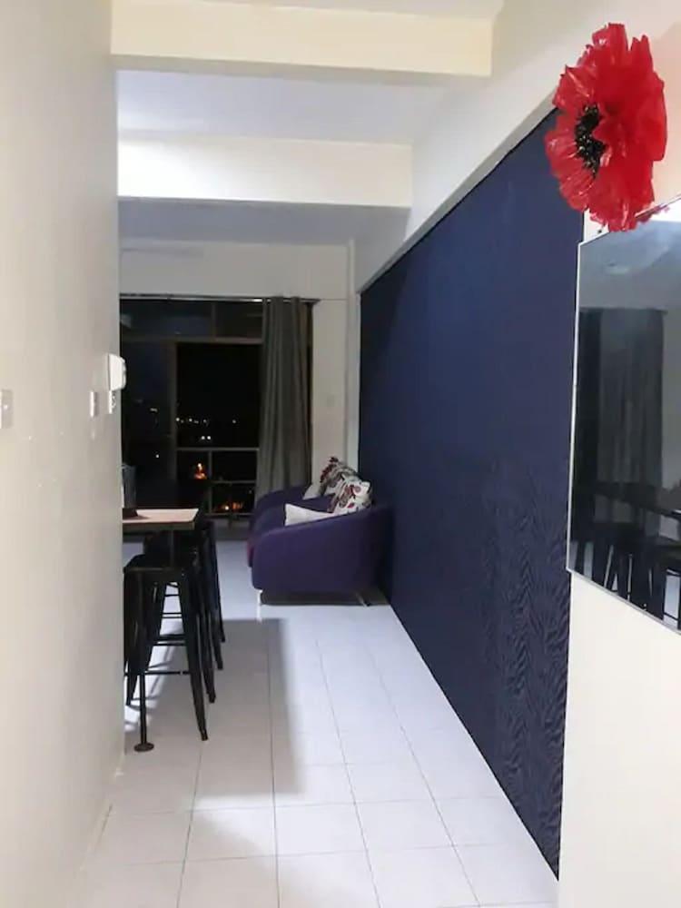 サンセット ビュー スタジオ アパートメント