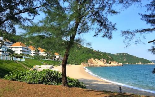The Cove Hostel - Sea Ranch, Lantau Islands