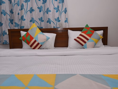 OYO 16966 Home Elegant Studio LPK Waterfront, North Goa