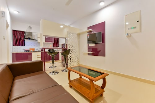 . OYO 16140 Home Exotic 1BHK Kakkanad